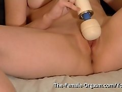 Horny Teen Bates to Wet Pulsing Orgasm with Hitachi